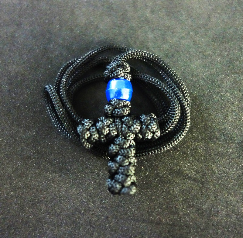 DSC02489 Με γαλάζια χάντρα στ26
